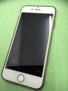 画面割れiPhone7高価買取