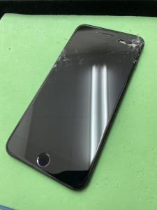 割れてしまったiPhone7Plus